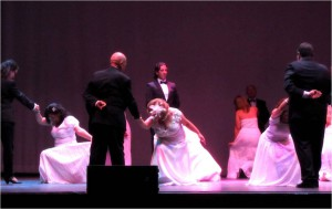 Exhibición de bailes de salón en Fuengirola - Hotel Angela Fuengirola